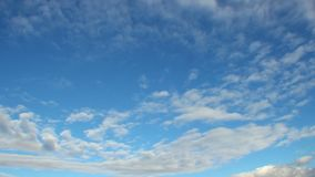 Classic cloud time-lapse, blue sky, clouds pass sunny day skies