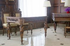 Classic furniture - table and chairs in hall. Classic furniture - table and chairs in hall Royalty Free Stock Photography