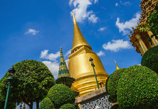 Classic golden buddhist chedi in Bangkok, Thailand Stock Photos