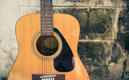 Classic guitar with grunge background Royalty Free Stock Images