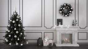 Classic living room with fireplace, Christmas tree and decors, w Royalty Free Stock Photos