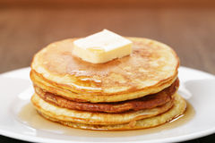Classic pancakes with butter and syrup Royalty Free Stock Images