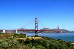 Classic panoramic view of famous Golden Gate Bridge in summer, San Francisco, California, USA Stock Images