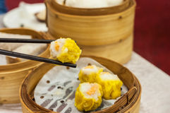 Classic shumai at Hong Kong dim sum restaurant Stock Images