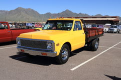 Classic Truck: Chevrolet 1-ton Dually Flatbed Stake Truck - 1971 Stock Images