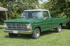 Classic truck Stock Photos