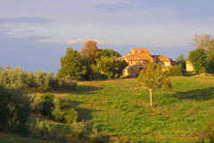 Free Classic Tuscan Farmhouse Royalty Free Stock Images - 1996839