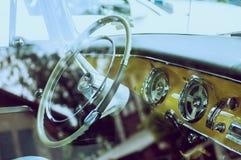 Classicar汽车仪表板 库存照片