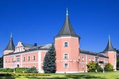 Classicistslott i staden Sokolov, västra Bohemia, Tjeckien Arkivfoton