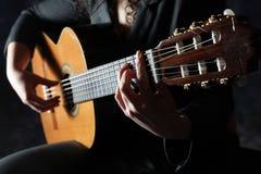 Classick吉他演奏员 免版税库存图片