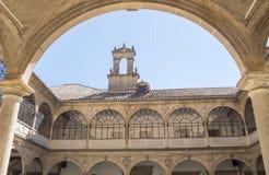 Claustro de la capilla de San Juan Evangelista University, universidad vieja, fotografía de archivo