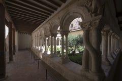 Claustro de la catedral del Aix, Francia Foto de archivo