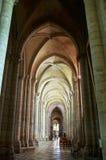 Claustro de la catedral St Stephen de Sens Foto de archivo
