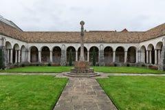Claustro de la guerra en la universidad de Winchester, Winchester, Reino Unido fotos de archivo libres de regalías