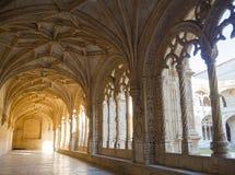 Claustro de nimos monastério do ³ de JerÃ, Belém, Lisboa, Portugal Fotografia de Stock Royalty Free