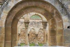 Claustro de San Juan de Duero Monastery en Soria imagen de archivo libre de regalías
