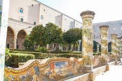 Claustro de Santa Chiara Imágenes de archivo libres de regalías