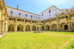 Claustro de Santa Cruz Monastery foto de stock royalty free