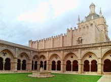 Claustro de SE Velha en Coímbra, Portugal Imagen de archivo