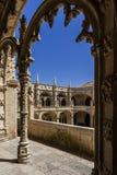 Claustro del monasterio o de la abadía de Jeronimos en Lisboa Fotos de archivo libres de regalías
