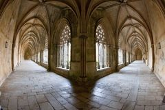 Claustro real de Santa Maria da Vitoria Monastery, Batalha, Est imagens de stock royalty free
