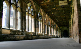 Claustros da catedral de Durham foto de stock royalty free