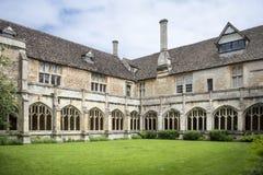 Claustros en la abadía de Lacock, Wiltshire, Reino Unido Imagen de archivo