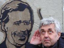 Clav Havel del ¡de VÃ que escucha foto de archivo