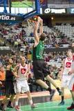 Clavada del golpe del baloncesto Imagenes de archivo