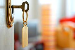 Clave-bloqueo-puerta Foto de archivo libre de regalías