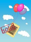 Clave de barras con el vuelo vendido de la escritura de la etiqueta con los globos Imágenes de archivo libres de regalías