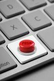 Clave de teclado de ordenador del botón rojo fotos de archivo