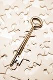 Clave en rompecabezas Fotografía de archivo libre de regalías
