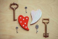 Clave a un corazón fotos de archivo libres de regalías