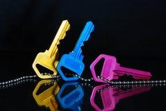 Claves amarillos y rosados azules Imagen de archivo