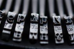 Claves de la máquina de escribir de la vendimia imagen de archivo libre de regalías