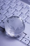 clavier d'Internet de globe de concept photographie stock libre de droits