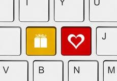 Clavier d'ordinateur avec des clés d'amour Images libres de droits