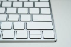 Clavier d'ordinateur vide blanc dans le style moderne Image stock