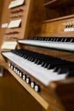 Clavier d'organe d'église image stock