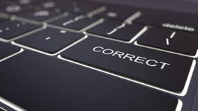 Clavier noir moderne d'ordinateur et touche correcte lumineuse rendu 3d Photo libre de droits