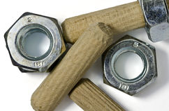 Clavijas de madera y tornillos femeninos Foto de archivo libre de regalías
