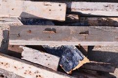 Clavo en la madera de la grieta Imagen de archivo