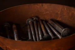 Clavos del hierro labrado fotos de archivo
