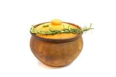 Clay Cooking Pot con la tapa Foto de archivo libre de regalías