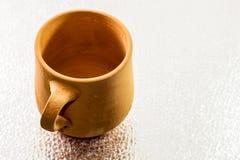 Clay Cup árabe tradicional Imagen de archivo libre de regalías