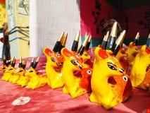 Clay Made Deer Doll In de Markt royalty-vrije stock foto
