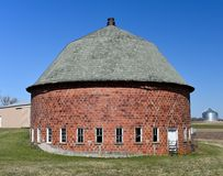 Clay Tile Round Barn arkivbild