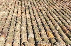 Clay Tiles auf Bauernhaus in Frankreich Stockfotos