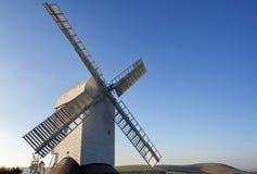 CLAYTON, SUSSEX/UK EST - 3 JANVIER : Jill Windmill sur un ` d'hiver Image stock